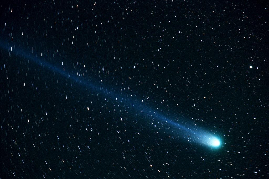 Image of Comet Hyakutake by NASA photographer Bill Ingalls.