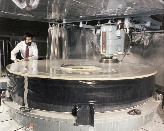 Image of Grinding of the Hubble Space Telescope Mirror, 1979.