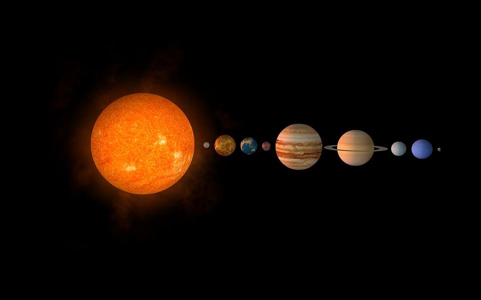 Image of our Solar system, including Mercury, Venus, Earth, Mars, Saturn, Jupiter, Uranus, Neptune, Pluto, and the Sun.