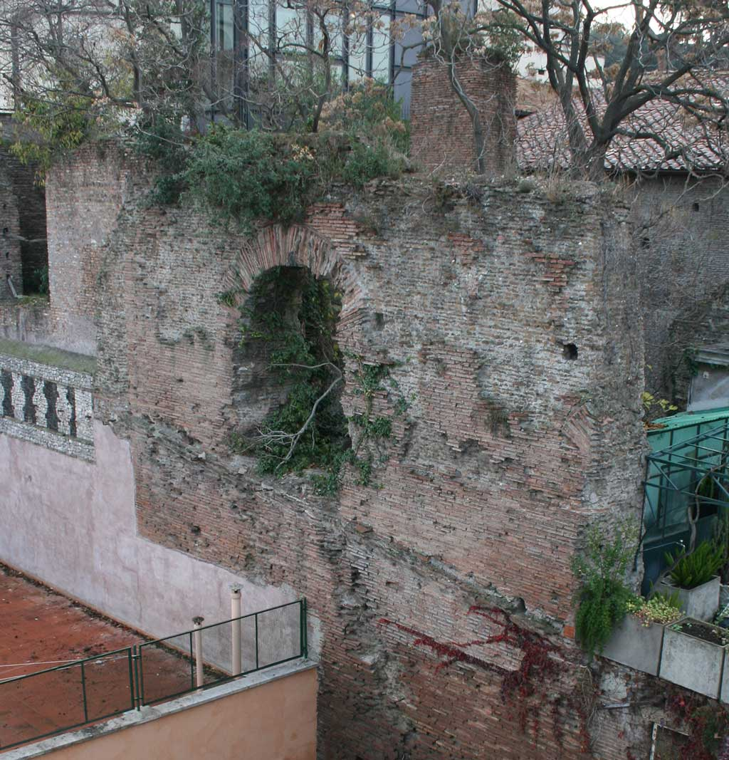 The ruins of the Serapeum show a mixture of brick and concrete with a regular use of the round arch.