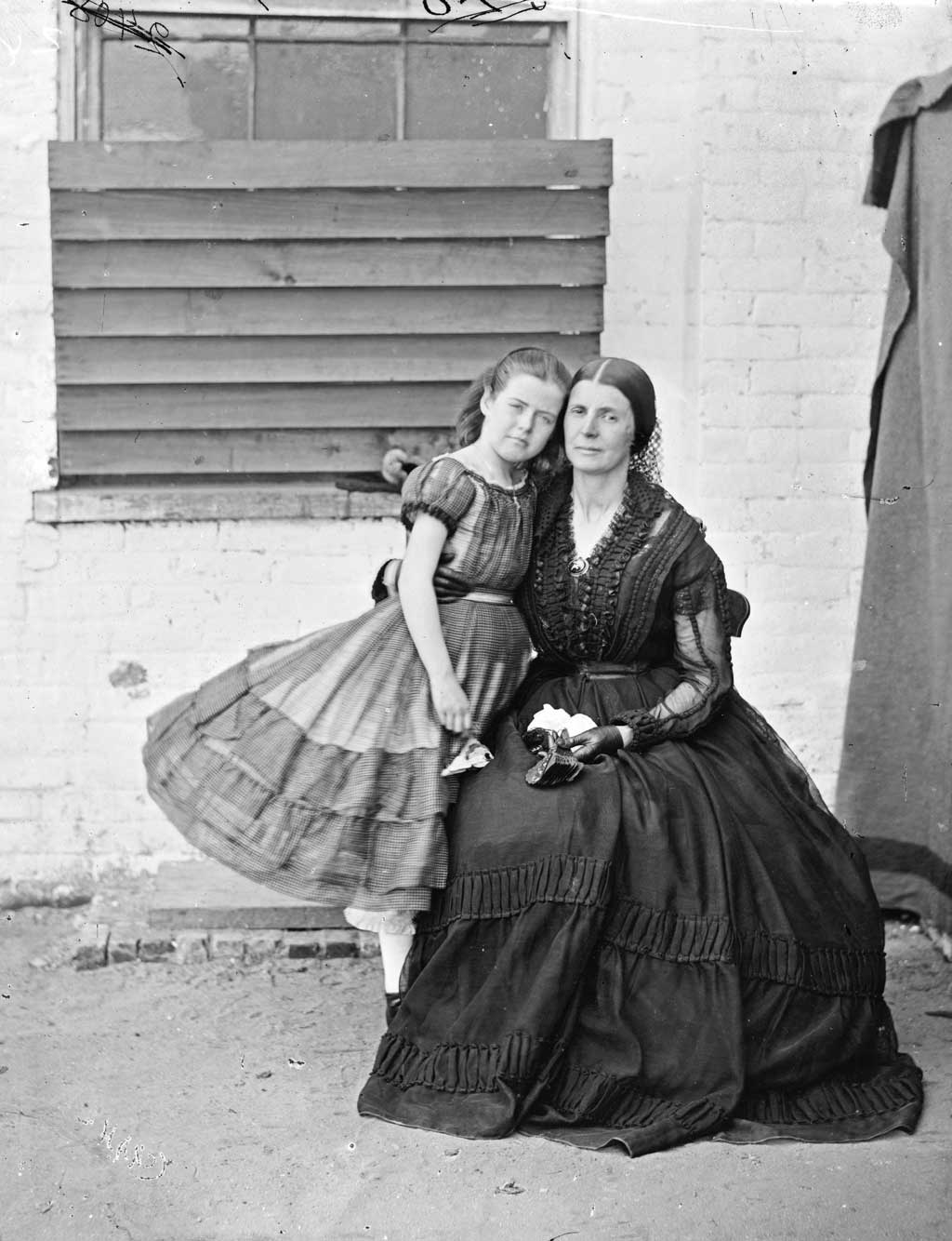 Portrait of Rose O'Neal Greenhow with daughter little Rose at Old Capitol Prison