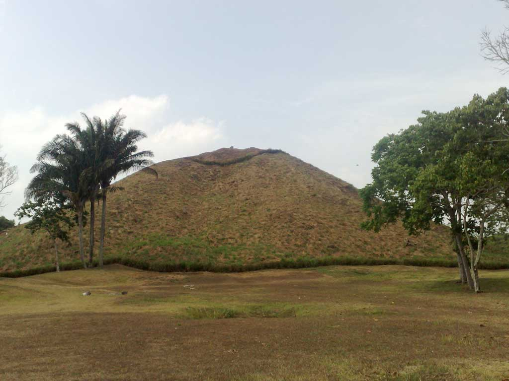 Photograph of the north face of the La Venta Pyramid in Tabasco, Mexico